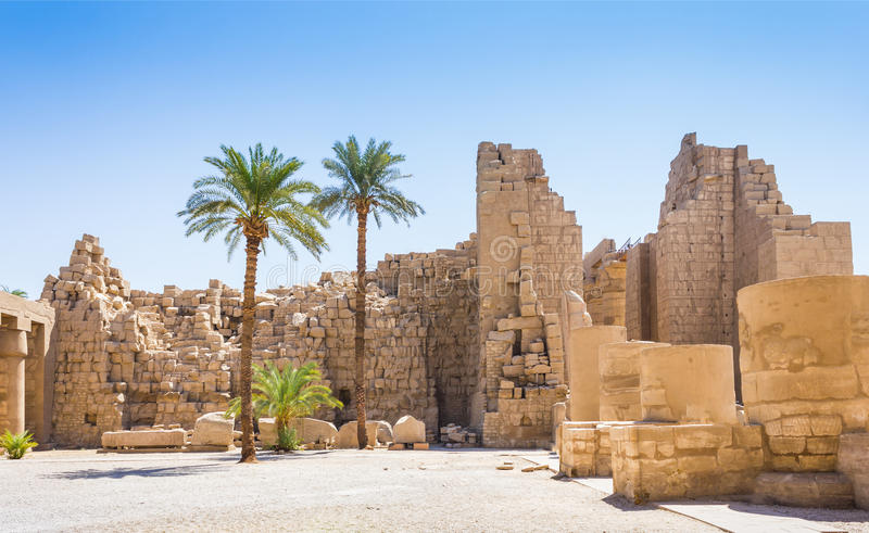 Ancient ruins of Karnak temple in Egypt 免版税库存照片