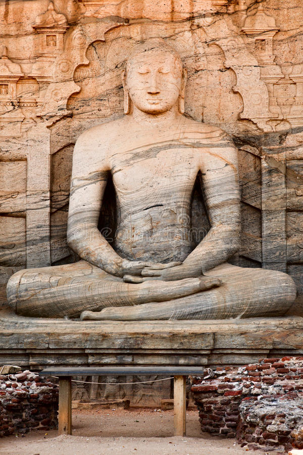 Free Ancient Sitting Buddha Image Stock Images - 11211294