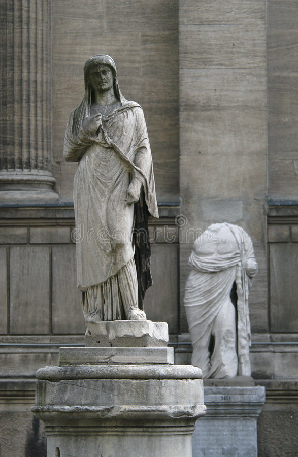 Free Ancient Statues Royalty Free Stock Photo - 500965