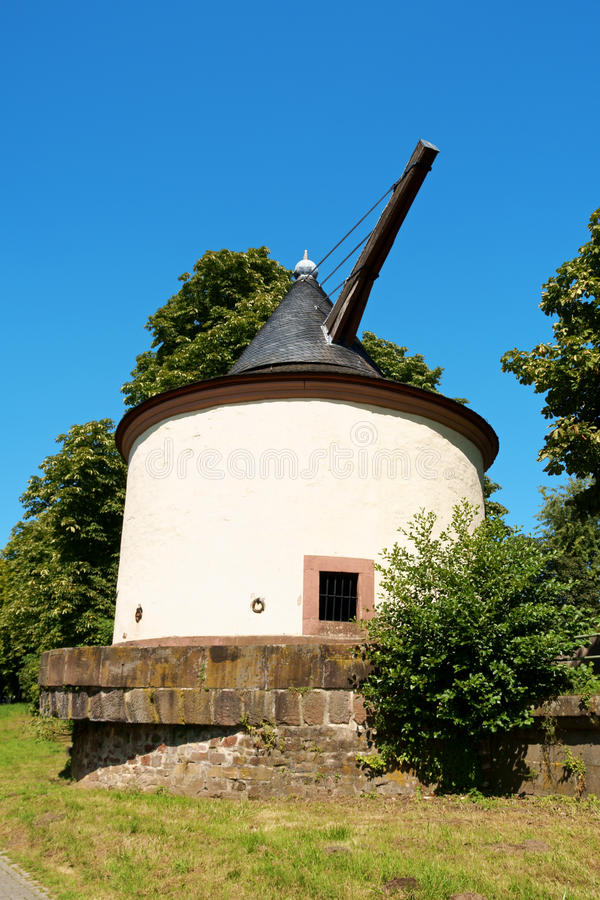 Free Ancient Stone Crane In Trier, Germany Stock Photo - 32339500
