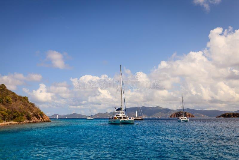 Ancladero del velero en British Virgin Islands fotografía de archivo libre de regalías