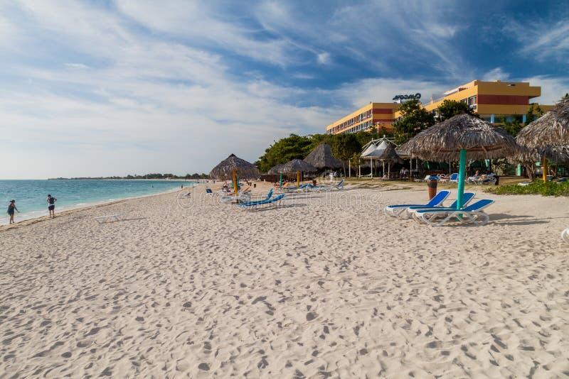 ANCON DE PLAYA, CUBA - 9 FÉVRIER 2016 : Vue de plage d'Ancon de Playa près du Trinidad, Cuba Ancon d'Amigo de club d'hôtel dans l images libres de droits