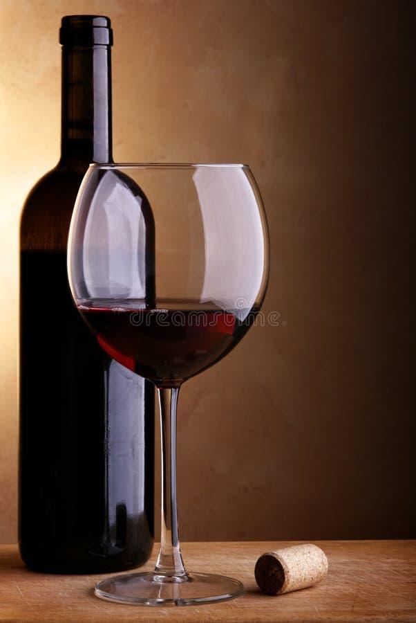 Ancora-vita con vino rosso immagini stock libere da diritti