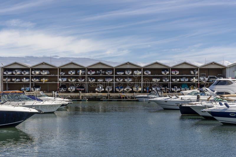 Ancoraggi e stoccaggio delle barche nel porticciolo della st Kilda, Melbourne, Australia fotografia stock libera da diritti