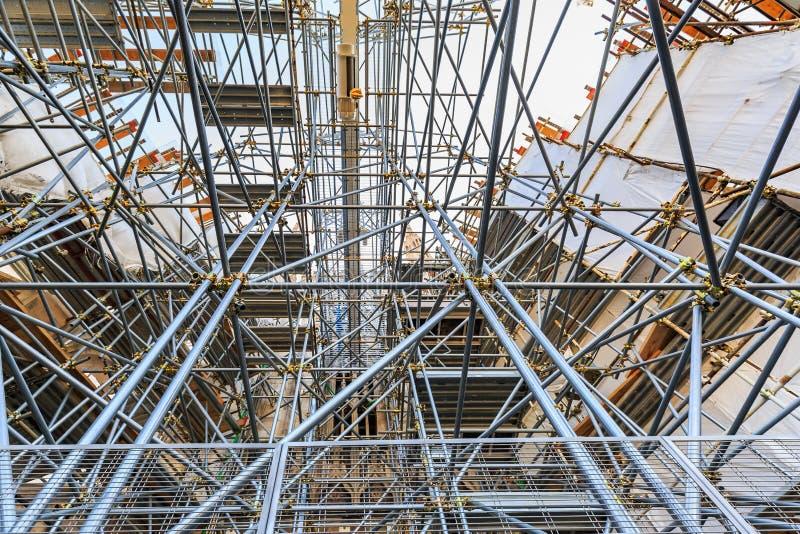 Andaime e estrutura das tubulações de aço foto de stock royalty free