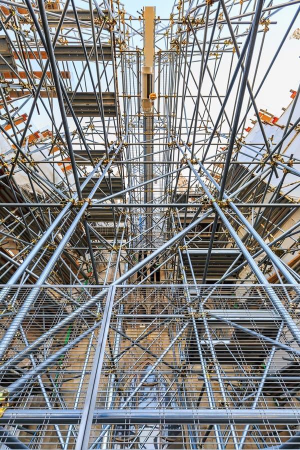 Andaime e estrutura das tubulações de aço fotos de stock royalty free