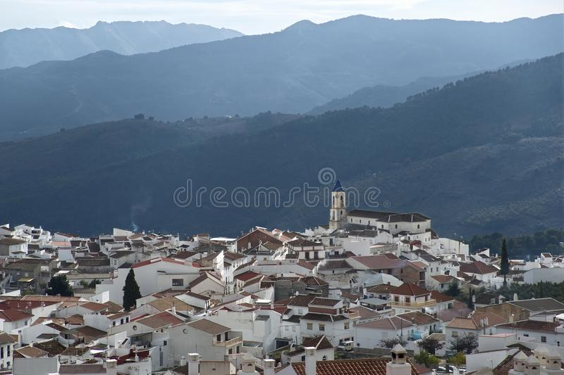 andalusia bergby arkivfoton