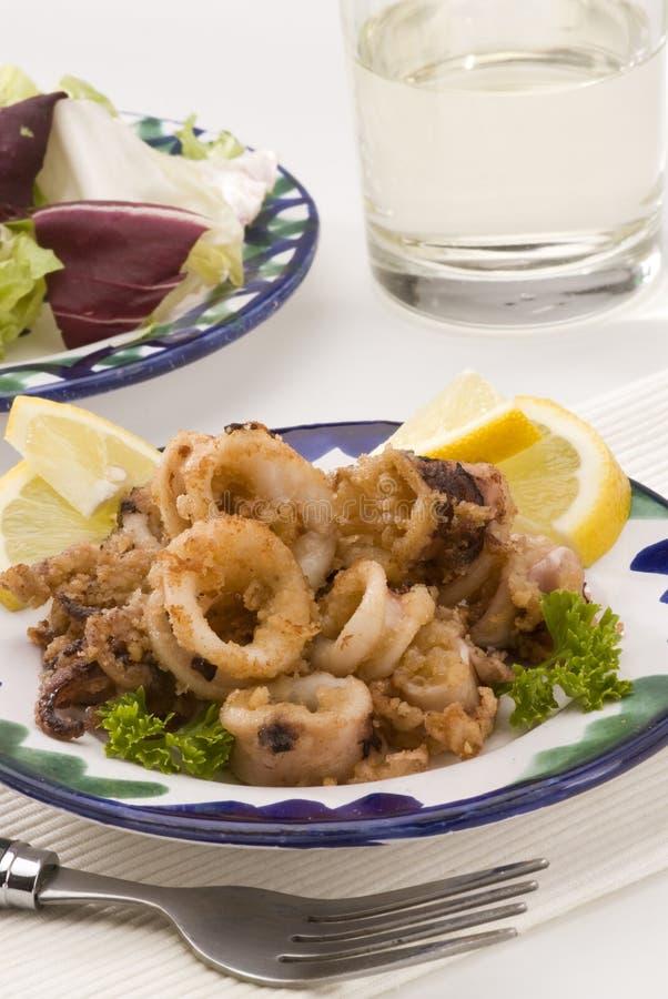 andalusian кальмары кухни глубоко зажаренные испанские стоковое изображение