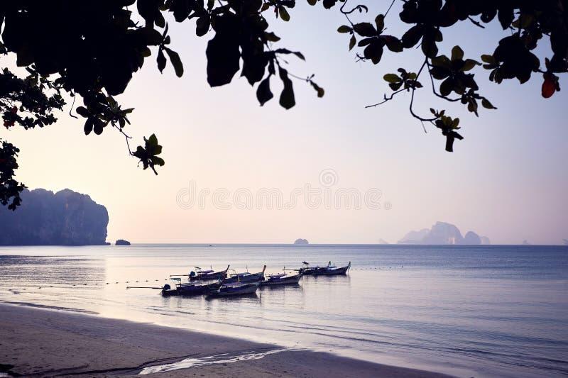 Download Andaman море шлюпки стоковое фото. изображение насчитывающей кабель - 111150240