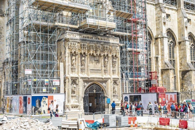 Andamios de la construcción para la renovación de la catedral de Cantorbery fotografía de archivo libre de regalías