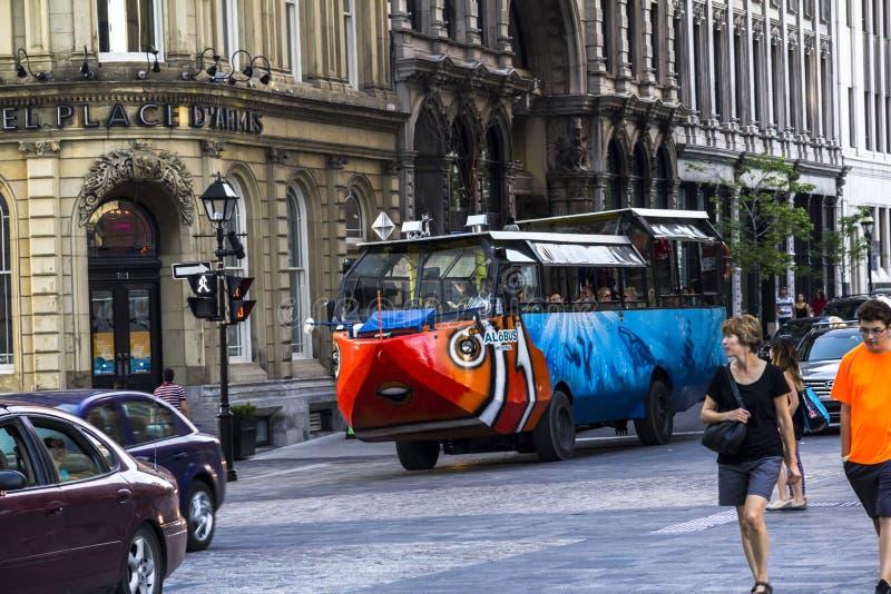Andbil i Montreal, Kanada fotografering för bildbyråer