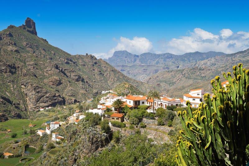 Andedräkt-ta sikt från Tejeda i Gran Canaria royaltyfri bild
