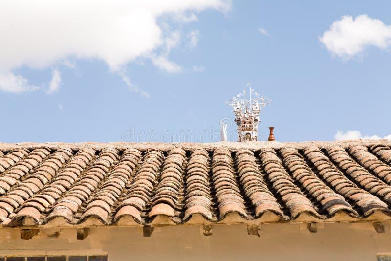 Andendachspitze mit Handwerk auf die Oberseite stockfoto