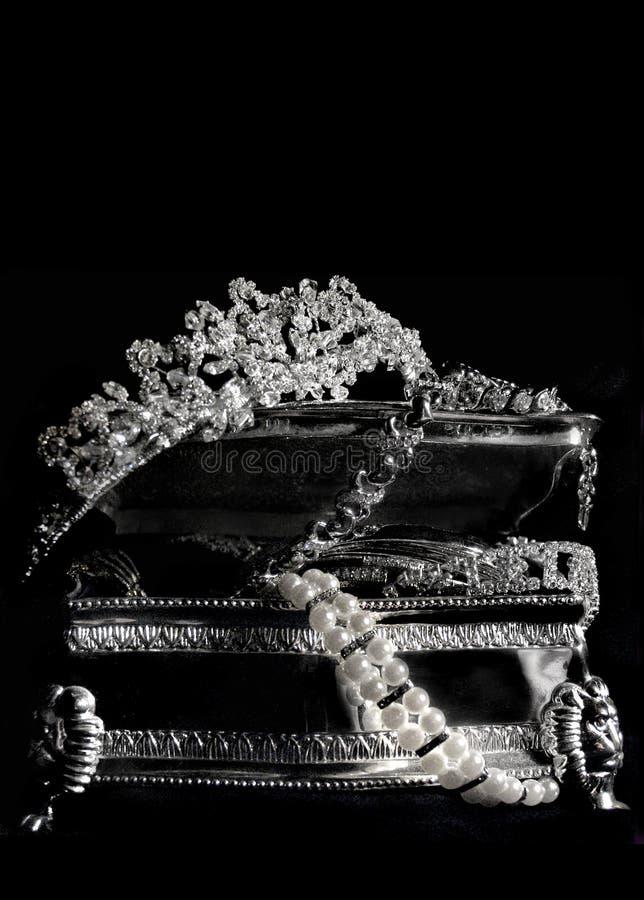 Download Andenken stockbild. Bild von tiara, nadel, zauber, silber - 42573
