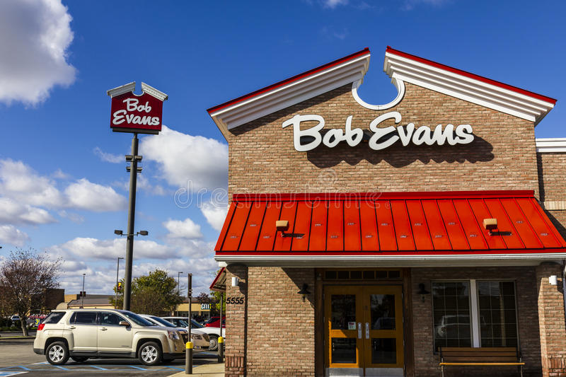 Anderson - Circa October 2016: Bob Evans Restaurant. Bob Evans also sells a retail line of food products I royalty free stock image