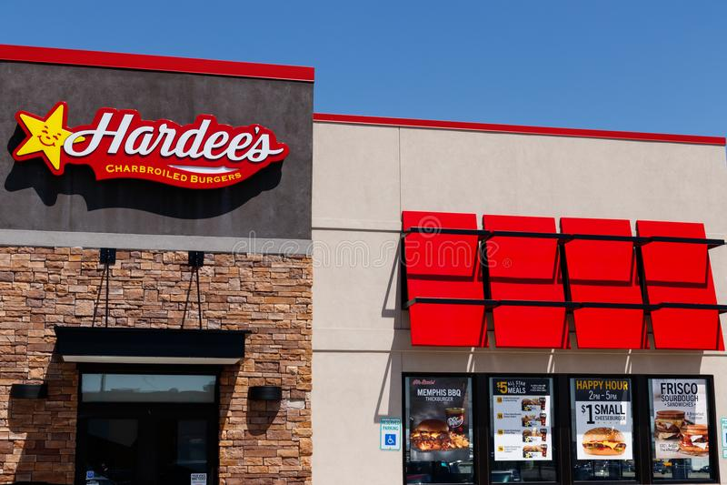 Anderson - Około Kwiecień 2018: Hardee ` s handlu detalicznego lokacja Hardee ` s i Carl ` s jr są Ja filie CKE restauracje fotografia royalty free