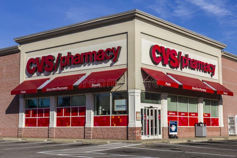 Anderson - vers en novembre 2016 : Emplacement de vente au détail de pharmacie de CVS CVS est la plus grande chaîne de pharmacie  images libres de droits