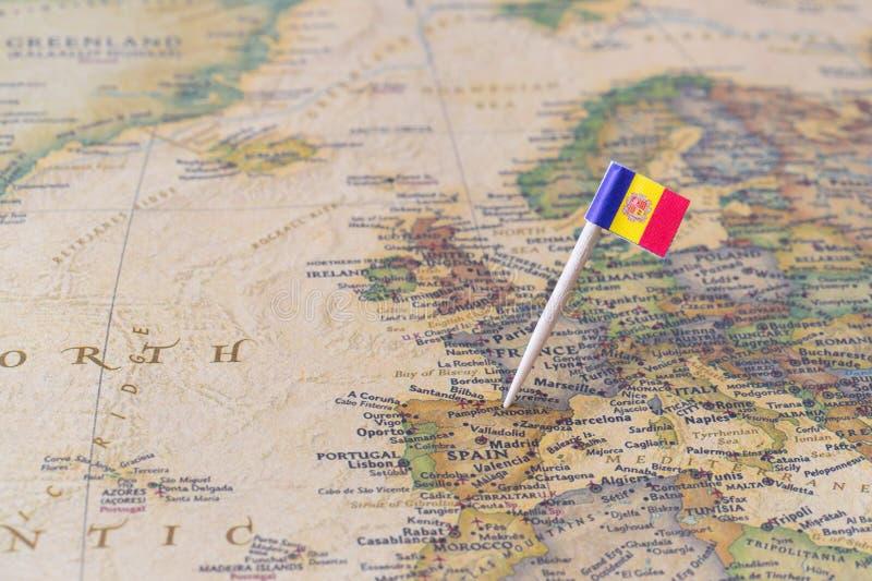 Andorra översikt och flaggastift royaltyfria bilder