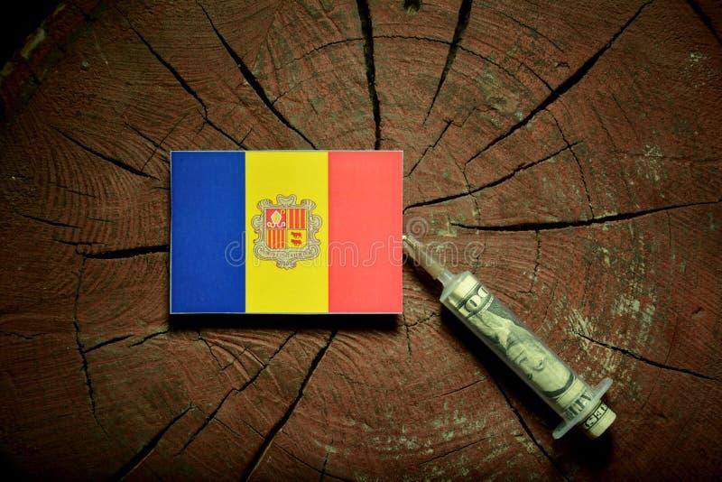 Download Andorra-Flagge Auf Einem Stumpf Mit Der Spritze, Die Geld Einspritzt Stockfoto - Bild von bargeld, dollar: 96931482