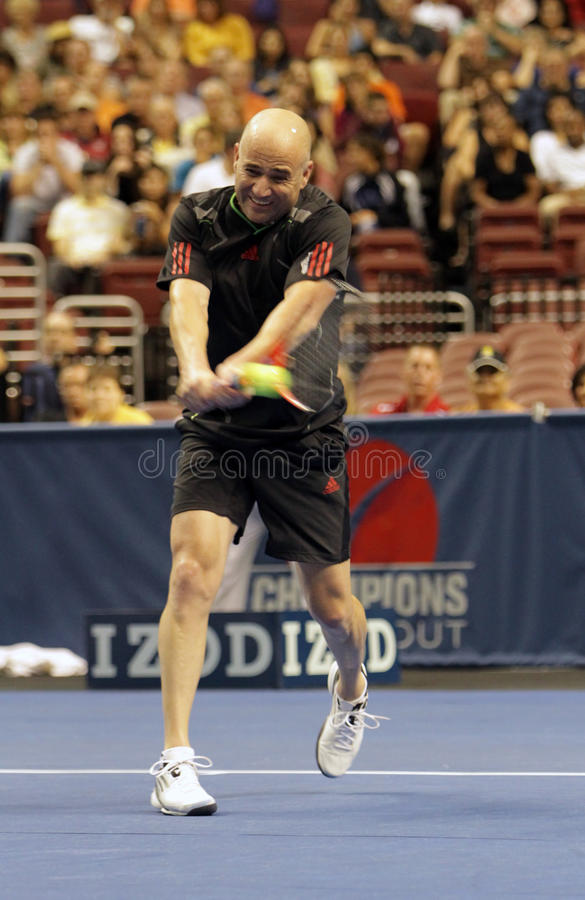 Andre Agassi - leyendas del tenis en la corte 2011 foto de archivo