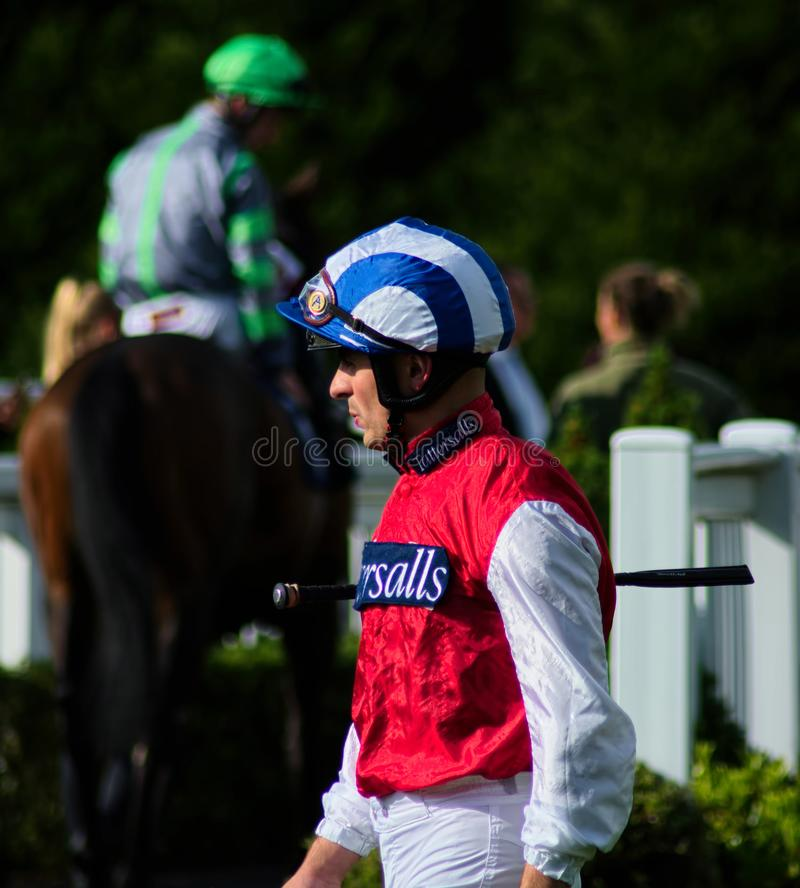 Andrea Atzeni Jockey de course de chevaux photos stock