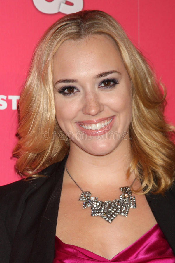 Download Andrea Bowen editorial stock image. Image of april, style - 26217509
