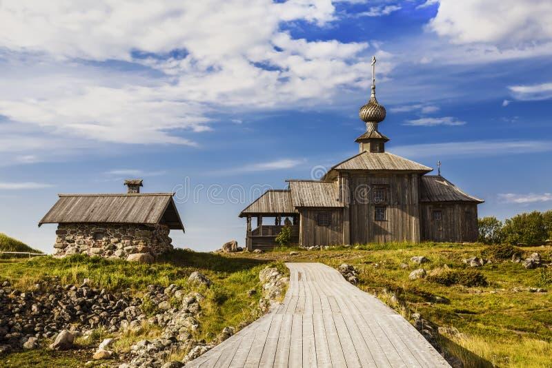 Andreevskiy satir av den Solovetsky kloster på den Bolshoi Zayatsky ön Solovetsky skärgård, vitt hav, royaltyfri bild