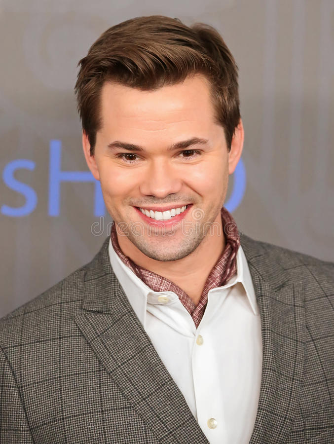 Download Andrew Rannells Editorial Photography - Image: 28574052