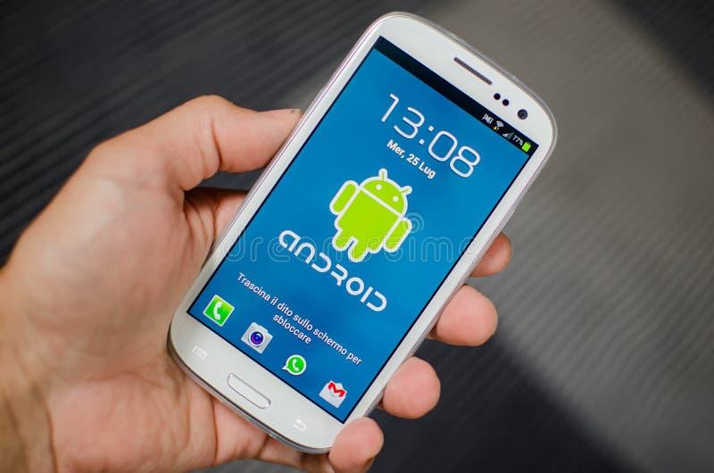 Androides Telefon lizenzfreies stockfoto