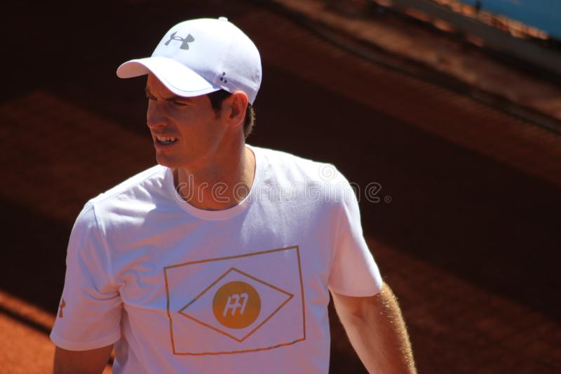 Andy Murray en la práctica Madrid abre 2017 fotos de archivo