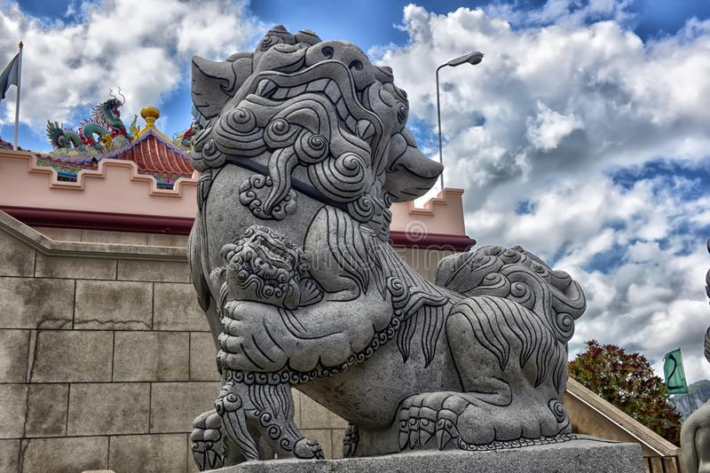 Anek Kuson Sala Pattaya Viharnen Sien är en härlig kines t royaltyfri foto