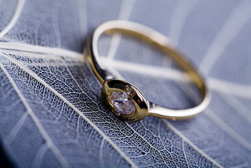 Anel & diamante fotografia de stock royalty free