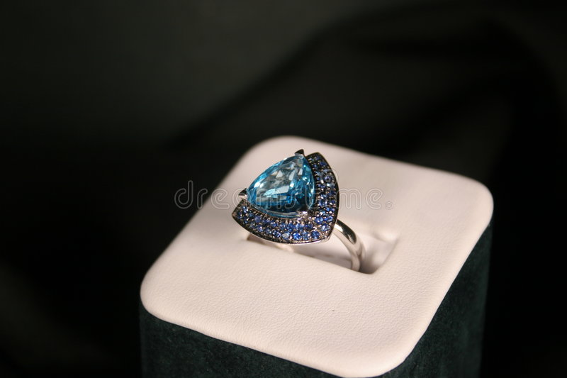 Anel azul imagem de stock royalty free