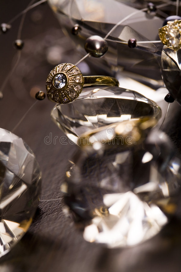 Anel com diamantes foto de stock royalty free