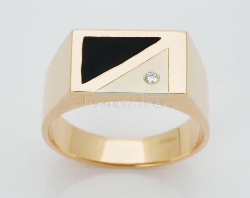 Anel com os diamantes fotografia de stock royalty free