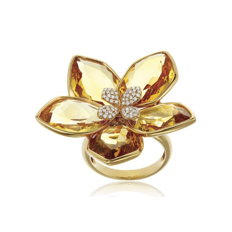 Anel de diamante amarelo isolado no branco imagem de stock royalty free
