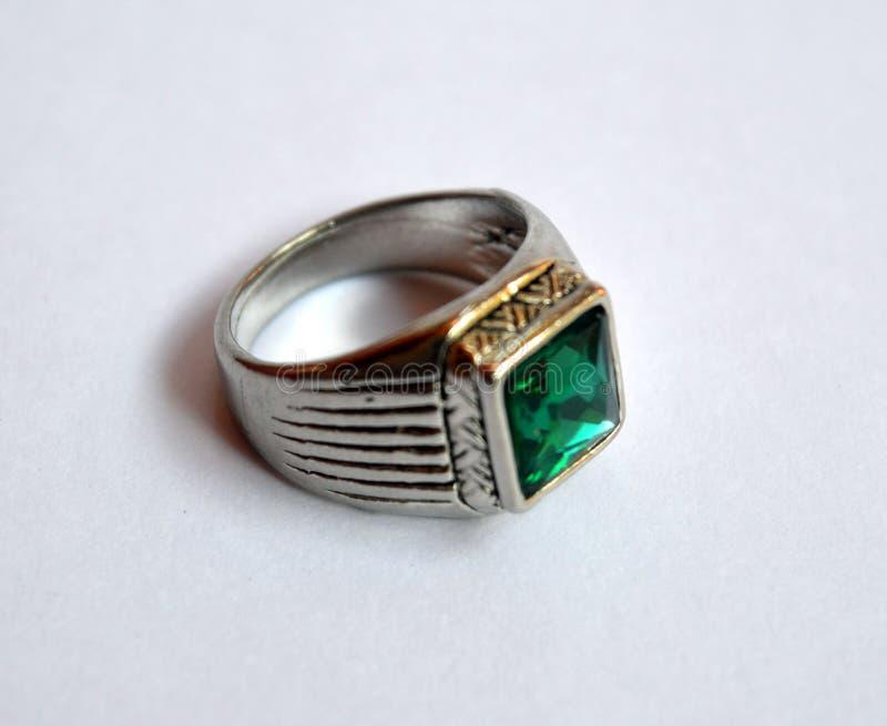 Anel de pedra verde fotos de stock royalty free
