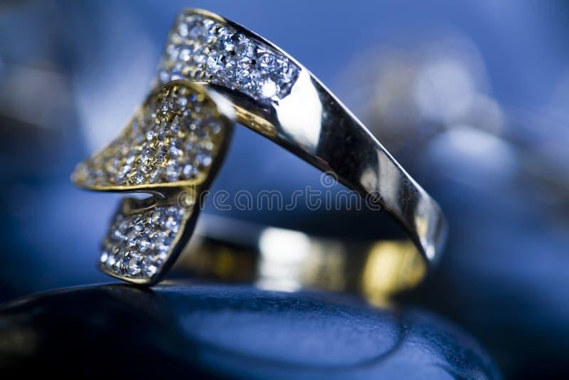 Anel - diamantes imagens de stock