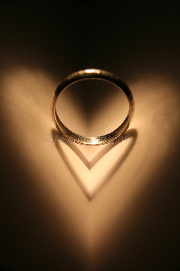 Anel do amor imagens de stock royalty free