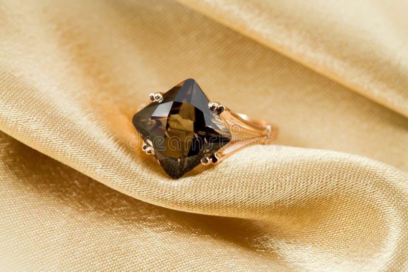 Anel elegante da jóia foto de stock royalty free