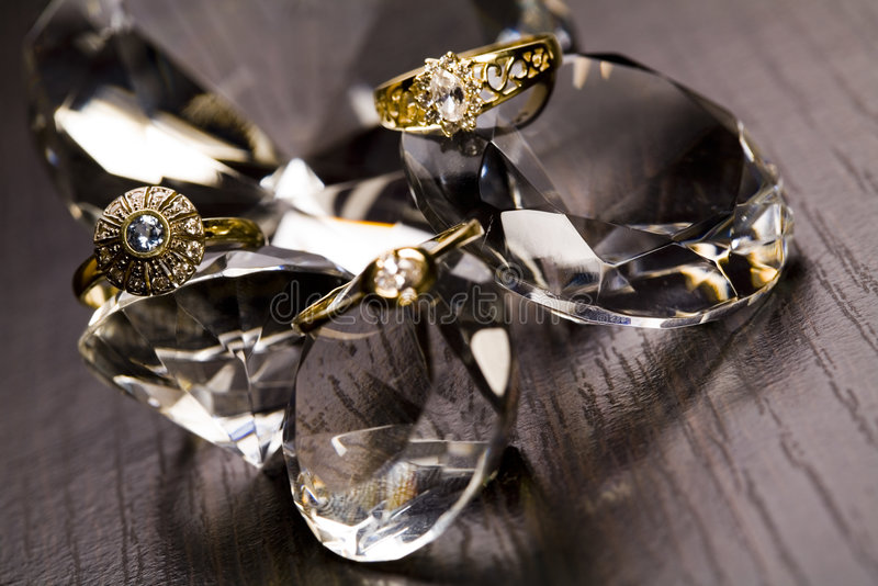 Anel - fundo dos diamantes foto de stock royalty free