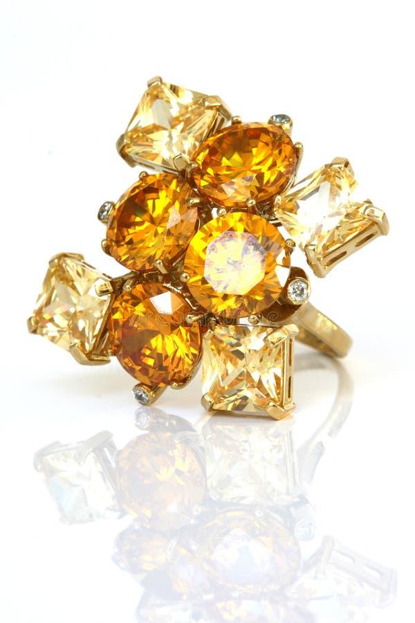 Anello della pietra di gemma fotografie stock libere da diritti