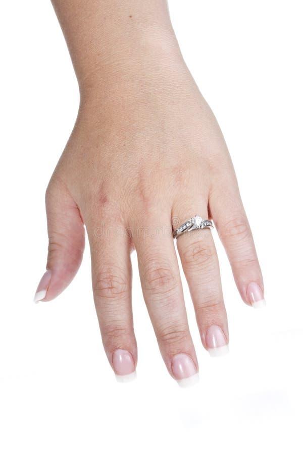 Anello di fidanzamento a disposizione immagini stock