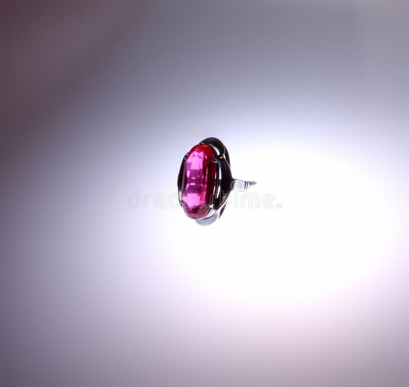 Anello vermiglio immagine stock