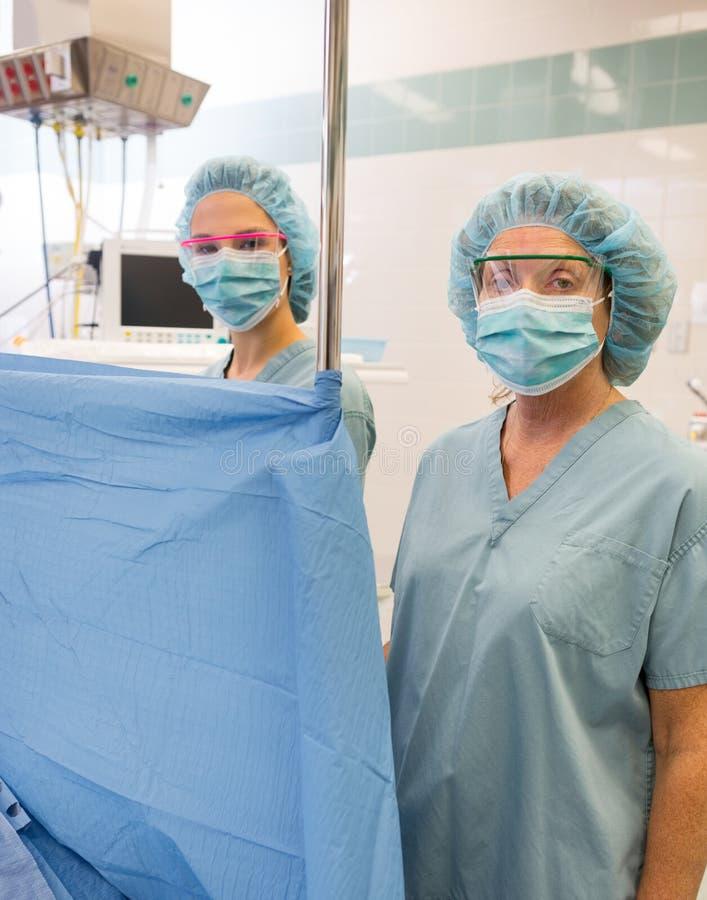 Anesthesiologist in Werkende Reeks stock afbeelding