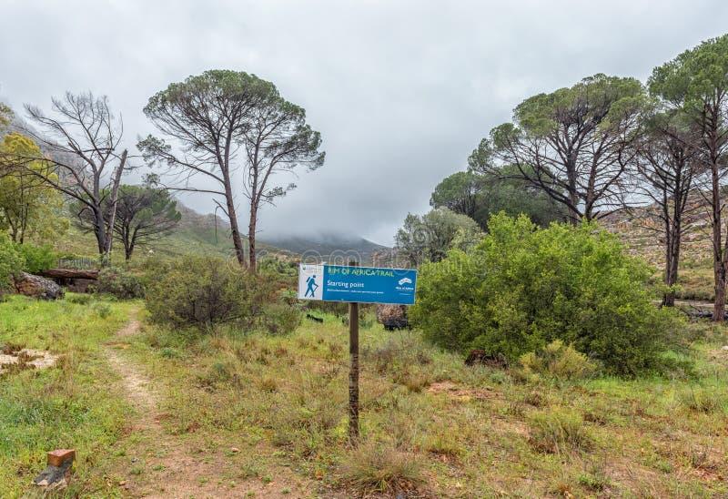 Anfang der Kante Afrika-Wanderwegs an Kliphuis-Campingplatz lizenzfreies stockbild