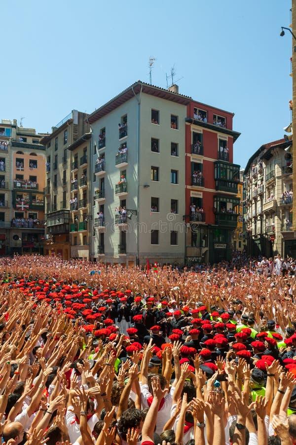 Anfang von Fest Sans Fermin in Pamplona, Spanien stockfotografie