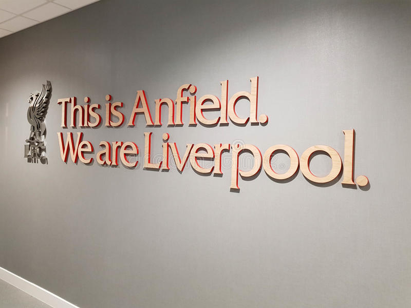 Anfield fotbollsarena arkivbilder