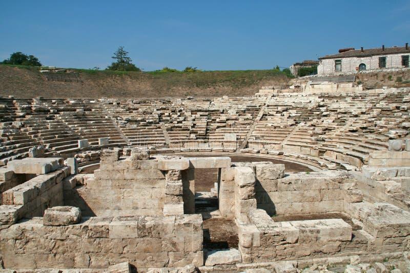 Anfiteatro antico nell'area archeologica di Larissa, Grecia fotografie stock libere da diritti