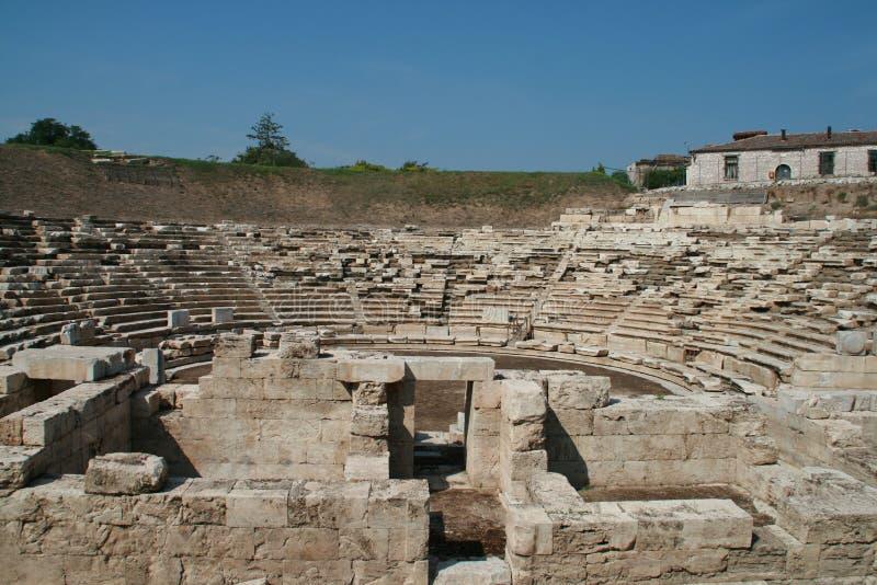 Anfiteatro antico nell'area archeologica di Larissa, Grecia immagine stock